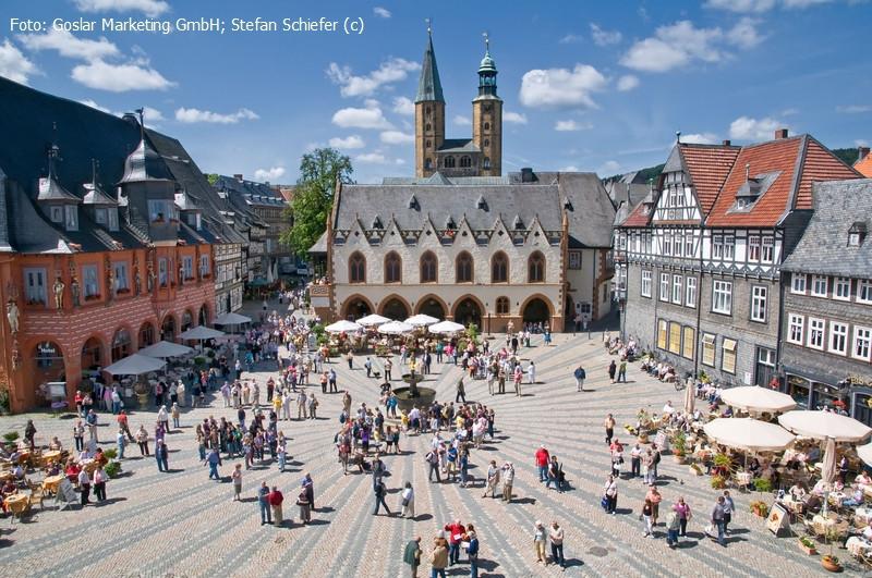 RAMADA Hotel Bären **** Goslar mit Schmaus und Schwof am Blueberry Hill all inklusive und Celtic-Party