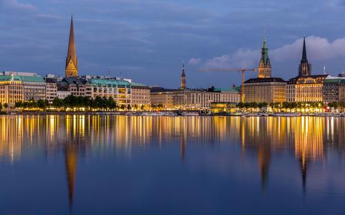 Elbbrücken Hotel *** Hamburg mit Dämmertörn auf der Alster und seinen schönsten Seiten
